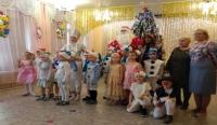 Благодарим Деда Мороза и Снегурочку!